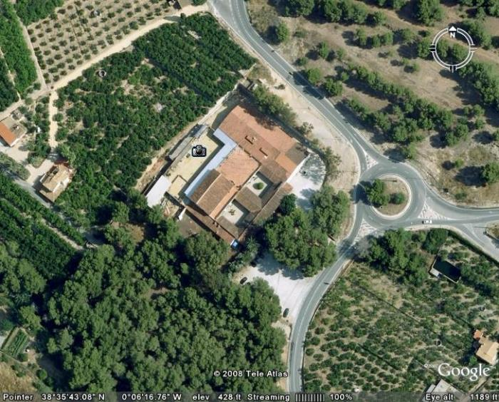 "FOR SALE: Unique business opportunity with substantial monthly income in Alfaz del pi, Costa Blanca. Features: Huge plot of 10,000 Sq Meters. Regular income from 100+ paying stalls. 2 adjoining buildings. Potential for changed use. Reduced price! Huge Spanish Finca- plot of 10,000 square meters, with 2 adjoining buildings at 300 & 500 square meters,    Currently used as a ""rastro"" (Spanish for second hand flea market) Currently open several days per week with over 100 stalls paying monthly rent to sell their wares. Perfect investment to keep as an ongoing concern with stall holders, events, functions with fully licensed bar, catering facilities and live music. Potential to convert back to original a traditional Spanish finca luxury home or possible retreat for recovery, boot camp or artist venue. Previous valuation over  €5,000,000 ! Reduced due to retirement and relocation. Will consider offers around €2,000,000  Interested in this property? Please Contact Us for further details. (WRAST 203)"